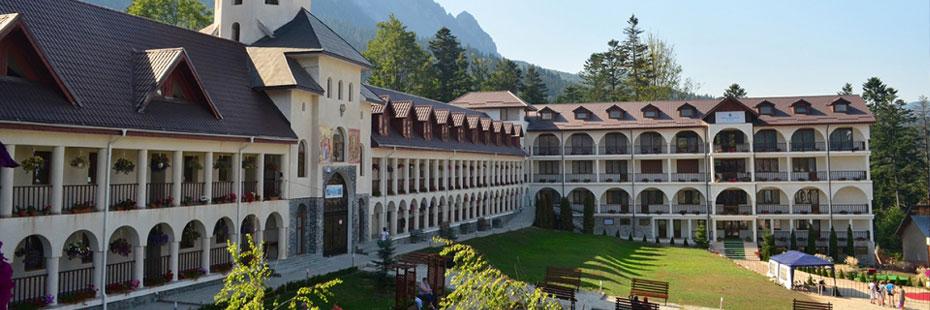 Manastirea_Caraiman_2